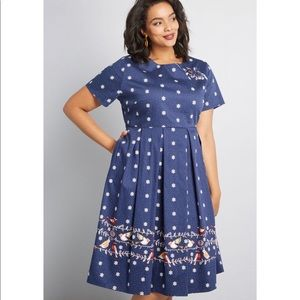 ModCloth Festive Self Short Sleeve Dress